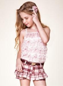 http://www.lilababyecia.com.br/pd-54e8e-blusa-e-shorts-saia-diforini.html?ct=&p=6&s=7